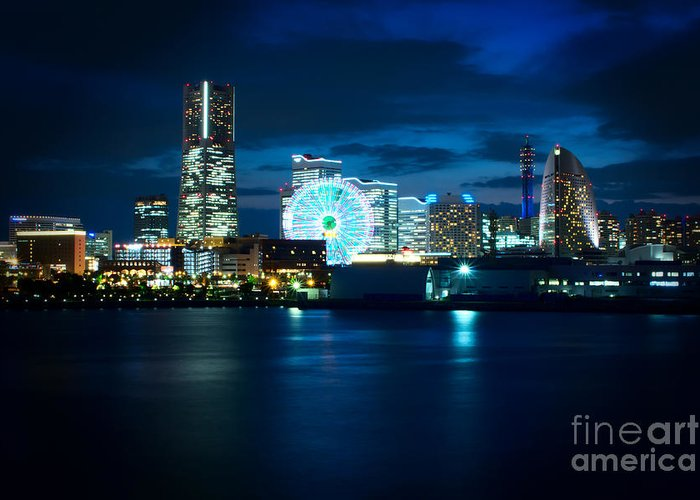 Yokohama Greeting Card featuring the photograph Yokohama Minatomirai At Night by Beverly Claire Kaiya