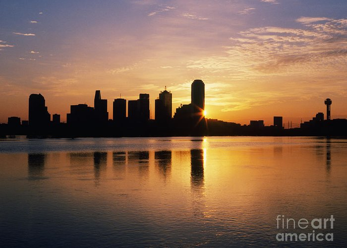 Architecture Greeting Card featuring the photograph Dallas Skyline At Dawn by Jeremy Woodhouse