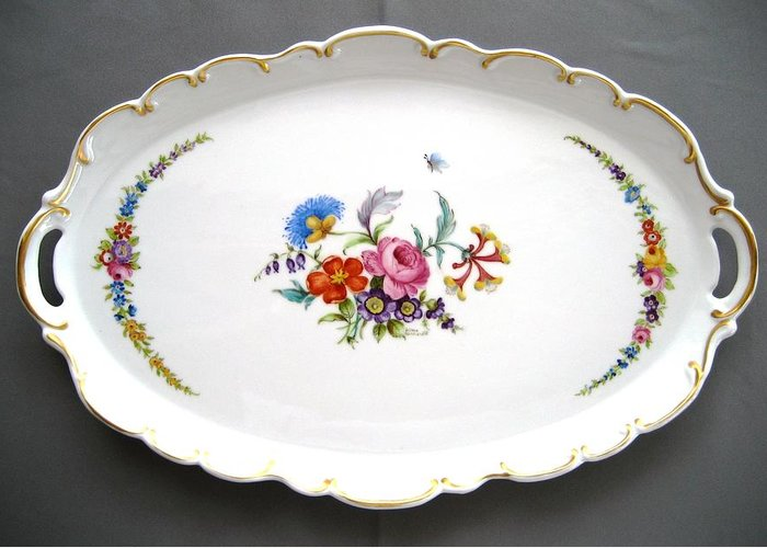 Porcelain Greeting Card featuring the ceramic art 460 Big Oval Dresden Tray by Wilma Manhardt