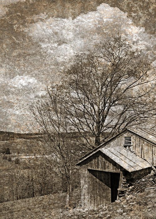 Tin Greeting Card featuring the photograph Rustic Hillside Barn by John Stephens