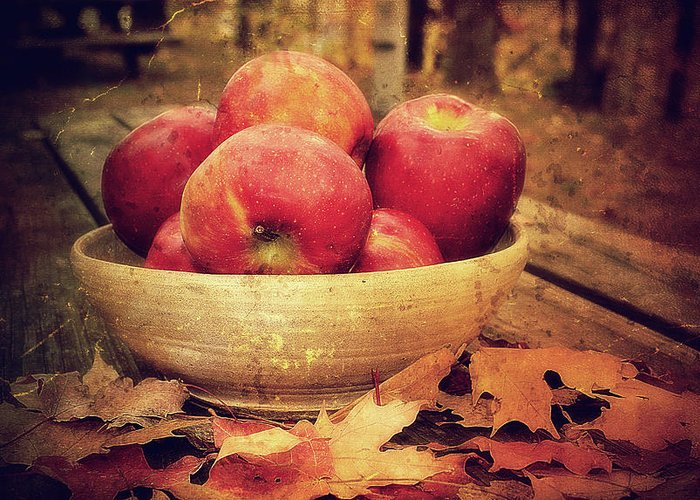 Apples Greeting Card featuring the photograph Apples by Kathy Jennings