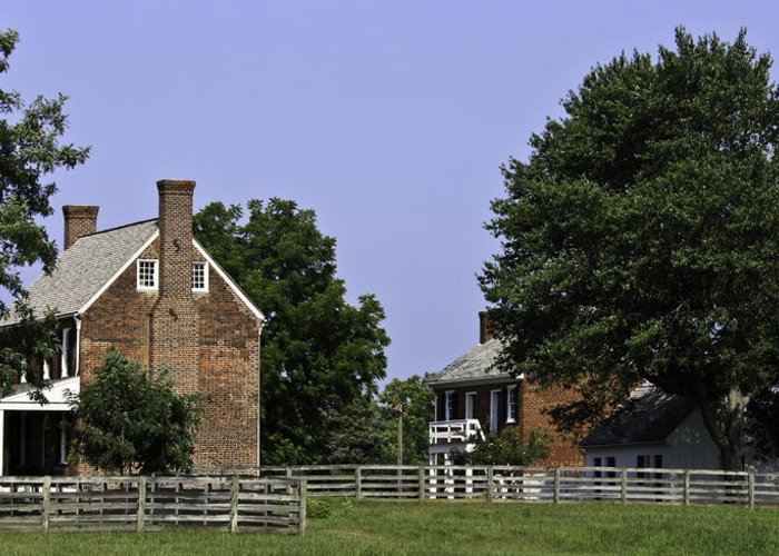 Appomattox Greeting Card featuring the photograph Clover Hill Tavern And Kitchen Appomattox Virginia by Teresa Mucha
