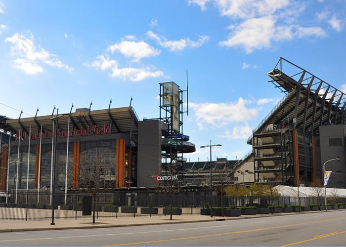 Eagles - The Linc Greeting Card featuring the photograph Eagles - The Linc by Bill Cannon