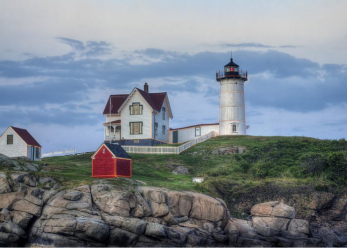 Nubble Greeting Card featuring the photograph Nubble Light At Dusk by Eric Gendron