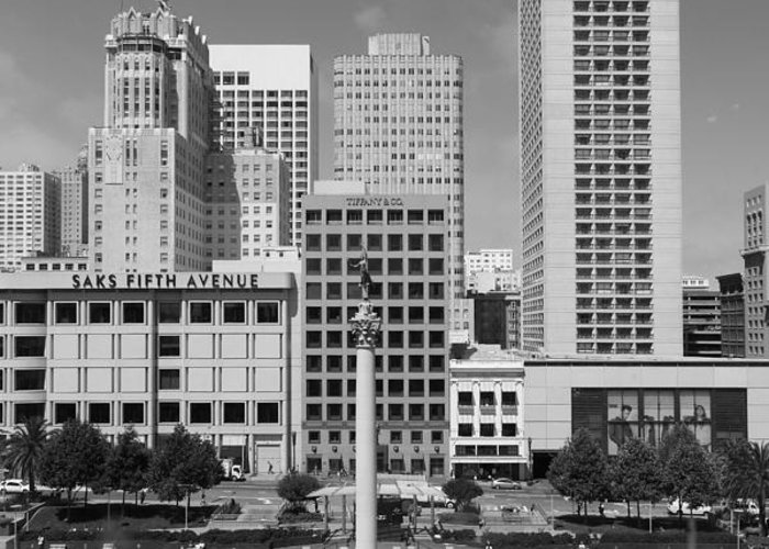 Black And White Greeting Card featuring the photograph San Francisco - Union Square - 5d17941 - Black And White by Wingsdomain Art and Photography