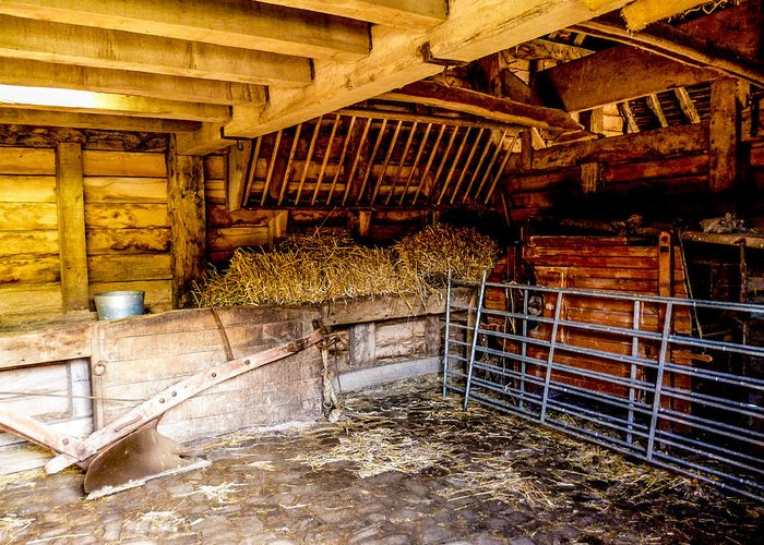 Barn Greeting Card featuring the photograph Watersfield Stable by Dawn OConnor