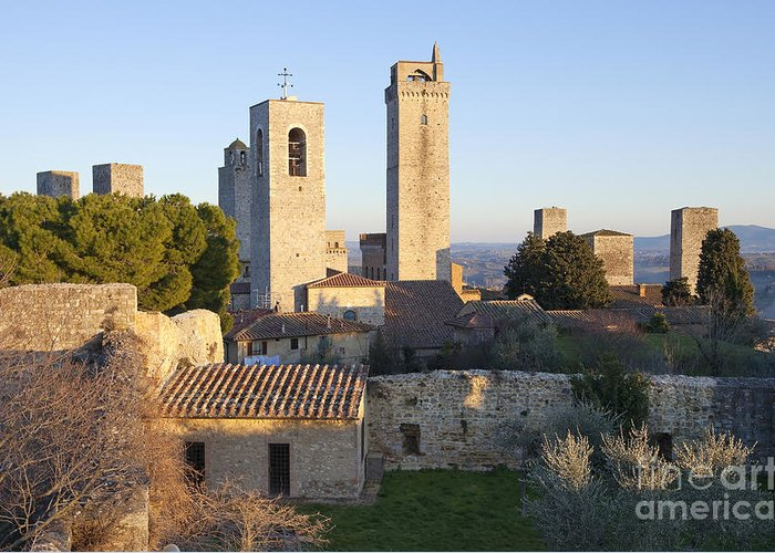 Ancient Greeting Card featuring the photograph San Gimignano by Andre Goncalves