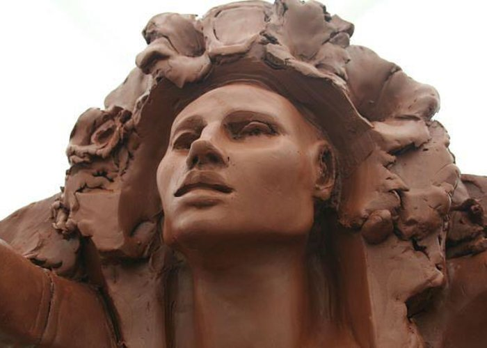 Visionary Greeting Card featuring the sculpture Aloha Face by Larkin Chollar