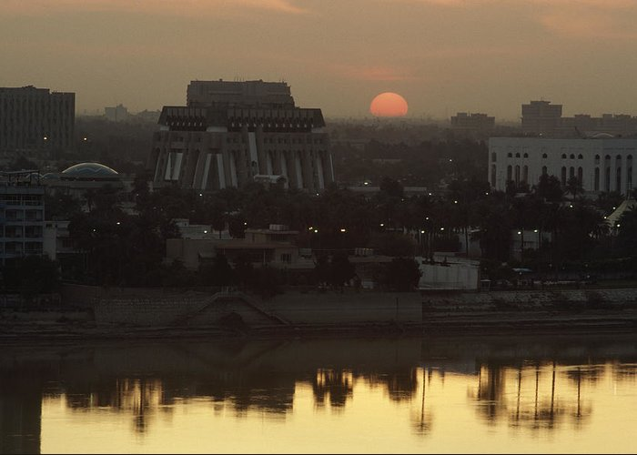 Sunset Greeting Card featuring the photograph Baghdad And The Tigris River At Sunset by Lynn Abercrombie