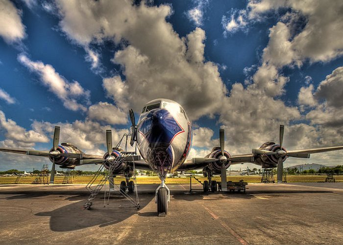 Aircraft Greeting Card featuring the photograph Blue Yonder by William Wetmore