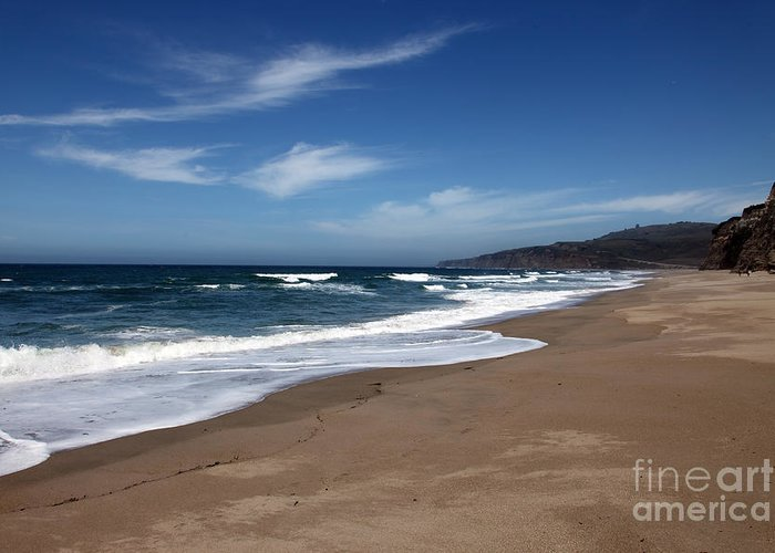 images Of California Greeting Card featuring the photograph Coast Line by Amanda Barcon