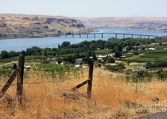 River Greeting Card featuring the photograph Columbia River - Biggs And Maryhill State Park by Carol Groenen