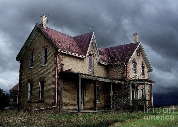 Haunted House Greeting Card featuring the photograph Farm House by Tom Straub