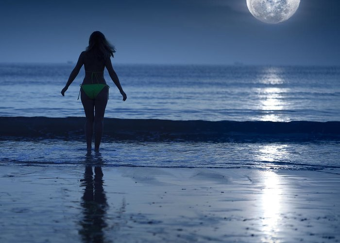 Moon Greeting Card featuring the photograph Moonlight by MotHaiBaPhoto Prints