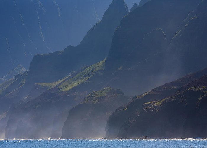 Na Pali Greeting Card featuring the photograph Na Pali Morning Mist by Mike Dawson