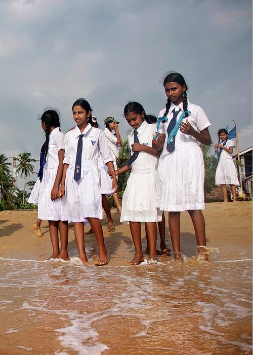 Sri Lanka Greeting Card featuring the photograph School Trip To Beach by Rafa Rivas