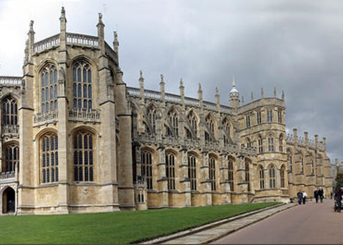 St. George's Chapel Greeting Card featuring the photograph St. George's Chapel by Gary Lobdell