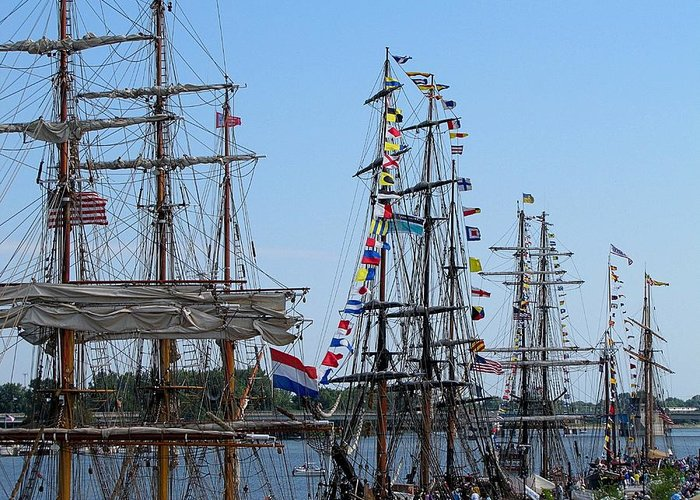 Hovind Greeting Card featuring the photograph Tall Ship Series 9 by Scott Hovind