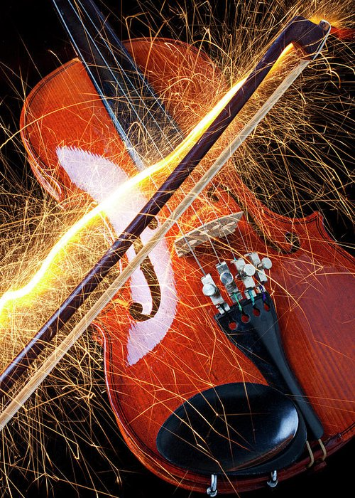 Violin Sparks Flying Bow Music Greeting Card featuring the photograph Violin With Sparks Flying From The Bow by Garry Gay