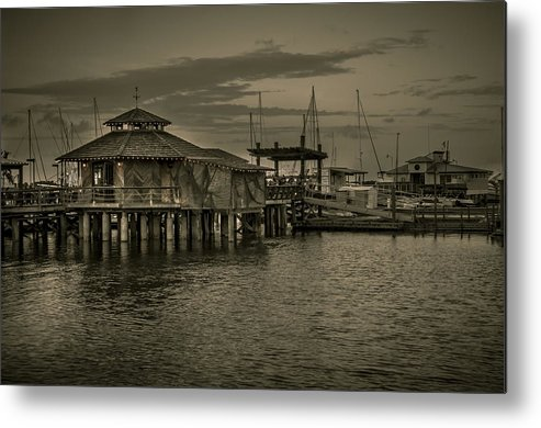 B&w Metal Print featuring the photograph Conch House Marina by Mario Celzner
