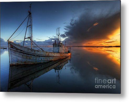 The Guiding Light Metal Print by English Landscapes