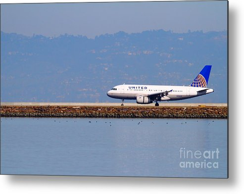 United Metal Print featuring the photograph United Airlines Jet Airplane At San Francisco International Airport Sfo . 7d11998 by Wingsdomain Art and Photography