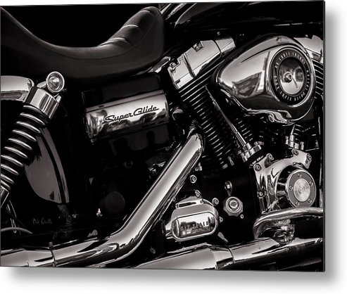 Harley Davidson Metal Print featuring the photograph Dyna Super Glide Custom by Bob Orsillo
