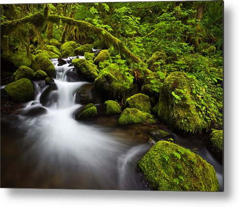 Lush Metal Print featuring the photograph Mossy Arch Cascade by Darren White