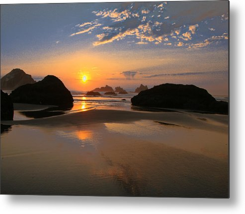 Scenic Metal Print featuring the photograph Bandon Scenic by Jean Noren