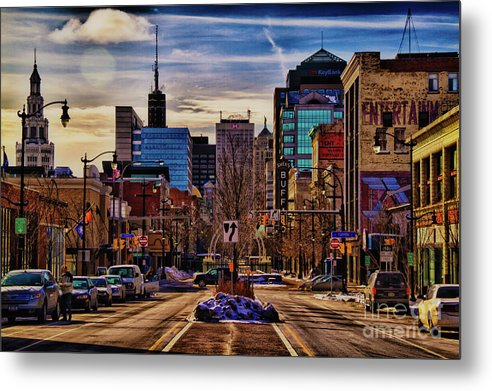 Buffalo Ny Metal Print featuring the photograph Entertainment by Chuck Alaimo