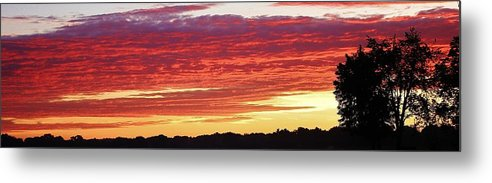 Sunset Metal Print featuring the photograph Days End by Bruce Bley