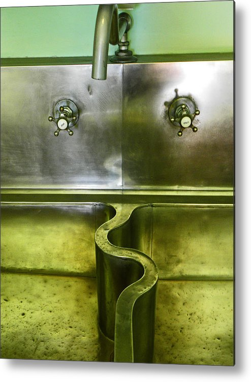 Sink Metal Print featuring the photograph The Sink by Elizabeth Hoskinson
