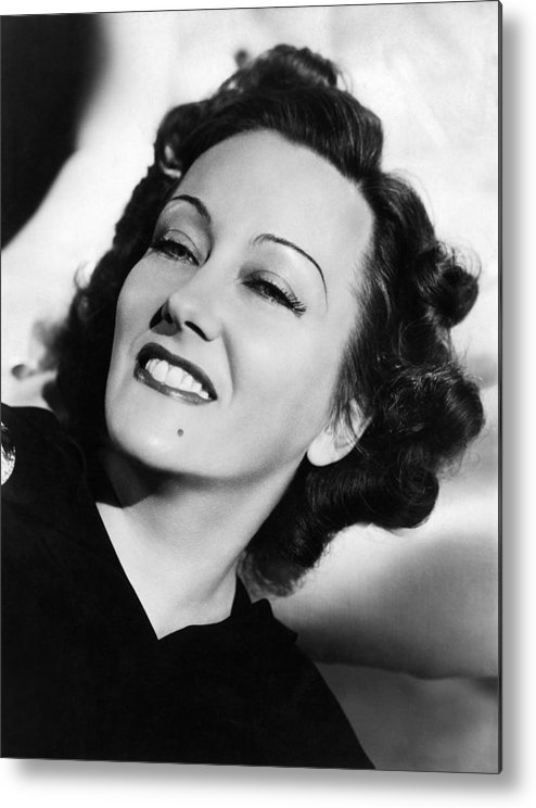 11x14lg Metal Print featuring the photograph Gloria Swanson, Ca. Early 1940s by Everett