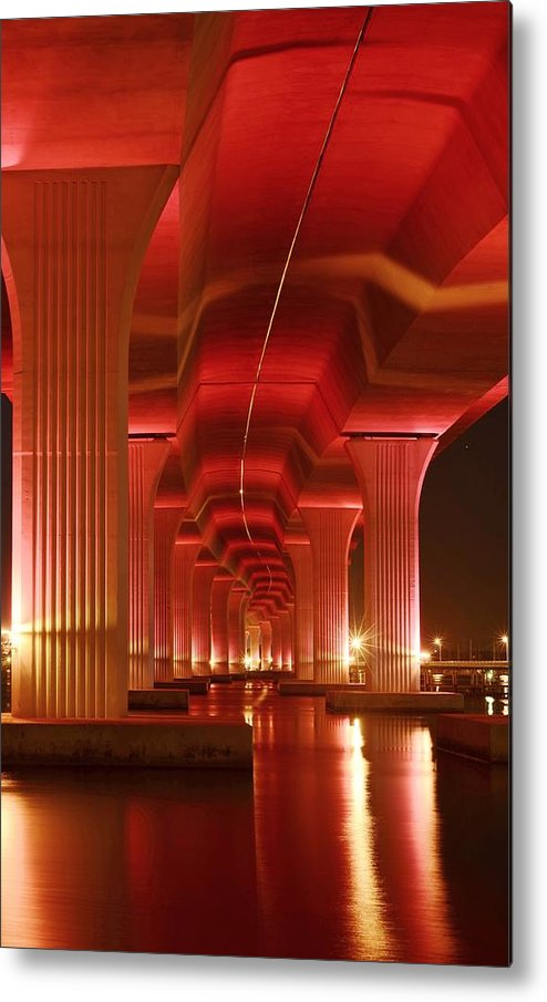 Roosevelt Bridge Metal Print featuring the photograph Inside Support by Lynda Dawson-Youngclaus
