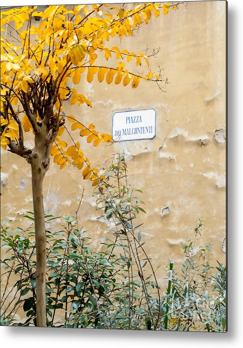Italy Metal Print featuring the photograph Il Piazza Malcontenti by Michael Flood