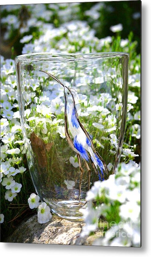 Owl Metal Print featuring the glass art Vinsanchi Glass Art-3 by Vin Kitayama