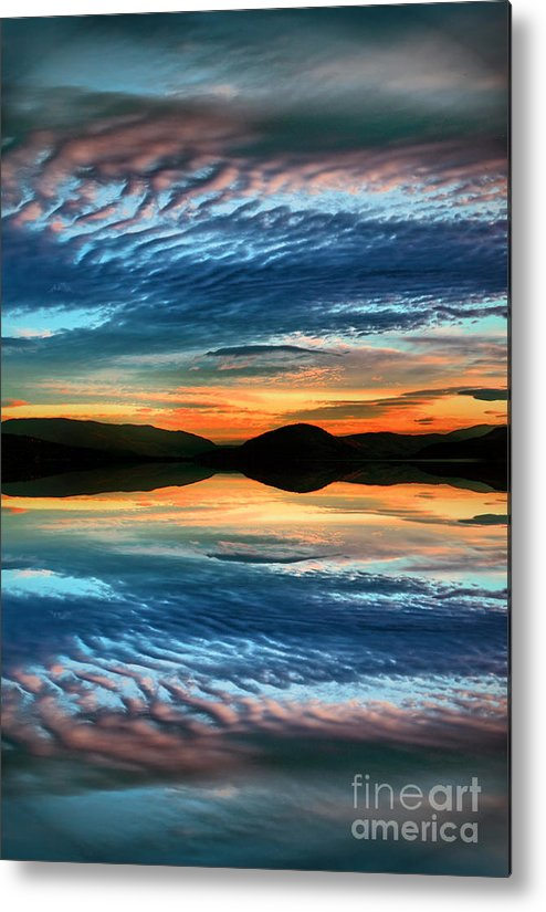 Sunset Metal Print featuring the photograph The Brush Strokes Of Evening by Tara Turner