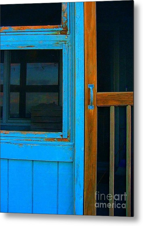 Mom And Pop Motels Metal Print featuring the photograph A Mom And Pop Stay On Topsail Island by Julie Dant