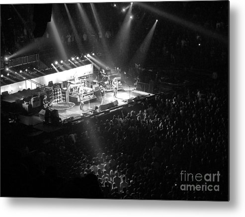 Philadelphia Metal Print featuring the photograph Closing The Spectrum by David Rucker