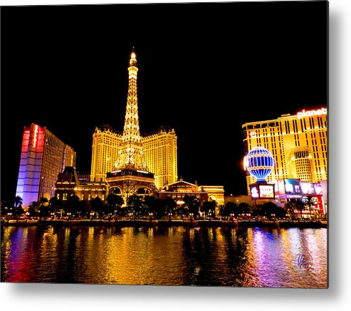 Paris Las Vegas Hotel And Casino Metal Print featuring the photograph Las Vegas 012 by Lance Vaughn