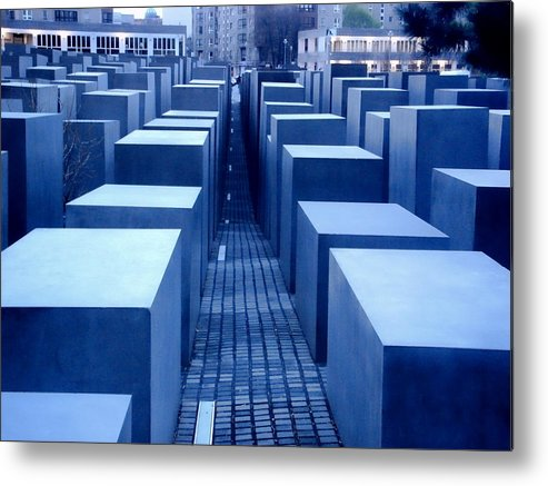 Berlin Metal Print featuring the photograph Silence by Roberto Alamino
