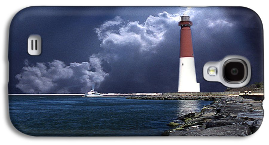 Lighthouses Galaxy S4 Case featuring the photograph Barnegat Inlet Lighthouse Nj by Skip Willits