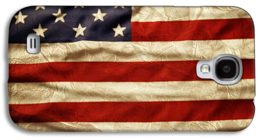 Wrinkled Galaxy S4 Case featuring the photograph American Flag by Les Cunliffe