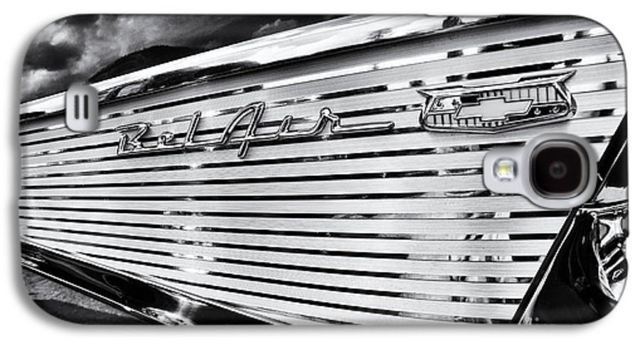 Chevrolet Galaxy S4 Case featuring the photograph 1957 Chevrolet Bel Air Monochrome by Tim Gainey