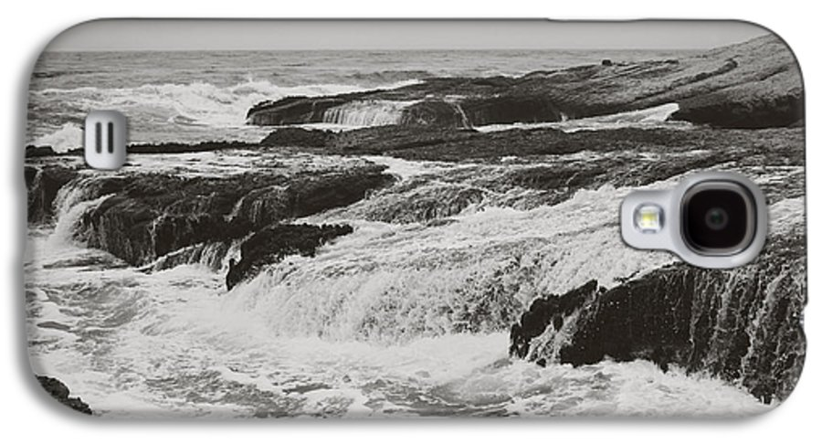 Stornetta Public Lands Galaxy S4 Case featuring the photograph After The Crash by Laurie Search