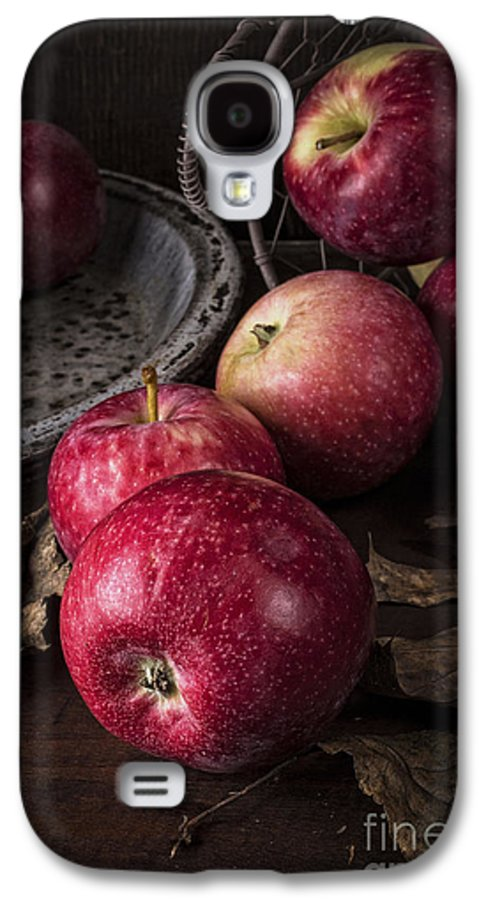 Apples Galaxy S4 Case featuring the photograph Apple Still Life by Edward Fielding