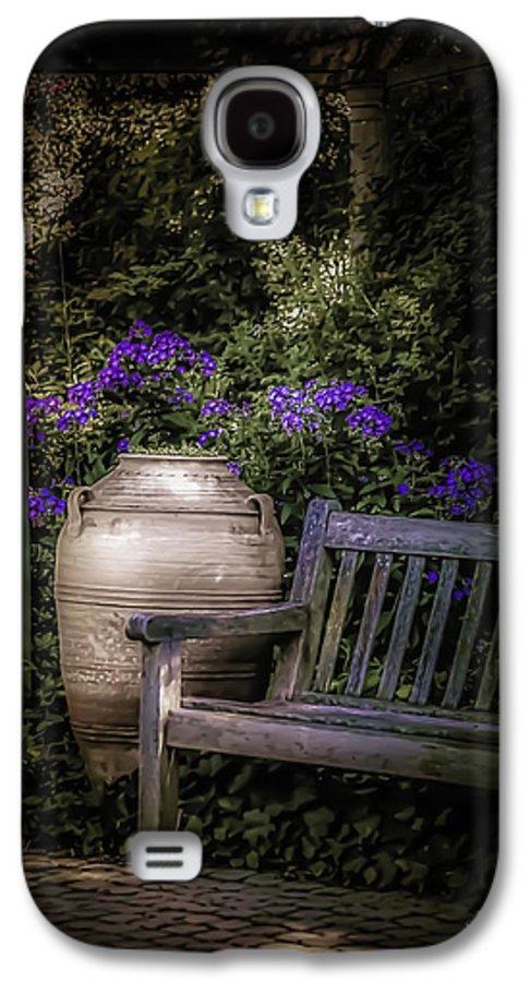 Garden Galaxy S4 Case featuring the photograph As Evening Falls by Julie Palencia