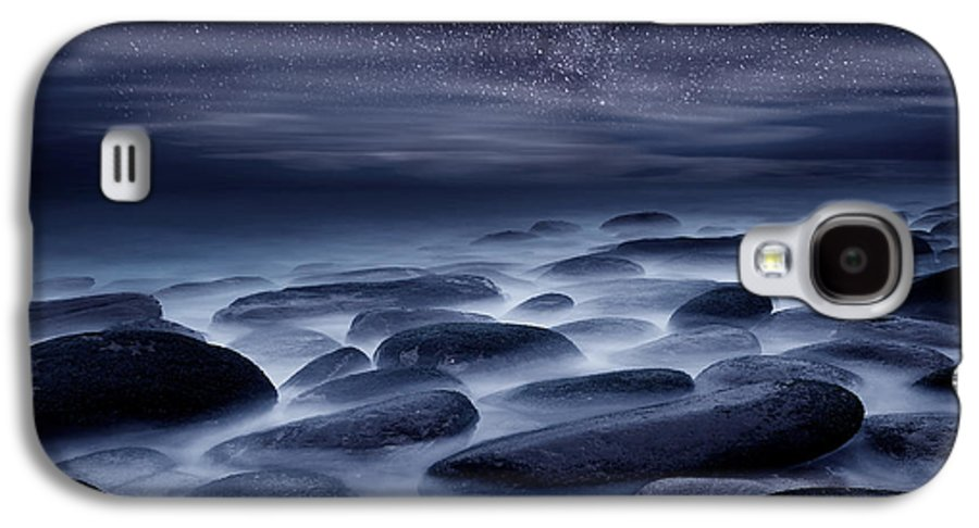 Night Galaxy S4 Case featuring the photograph Beyond Our Imagination by Jorge Maia