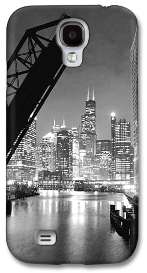 Chicago Skyline Galaxy S4 Case featuring the photograph Chicago Skyline - Black And White Sears Tower by Horsch Gallery