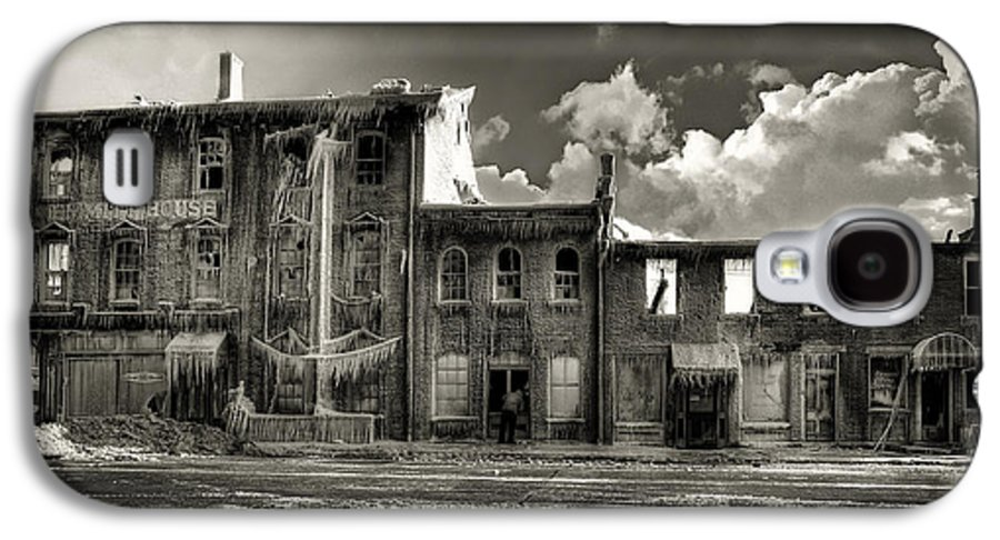 Lost In Fire Galaxy S4 Case featuring the photograph Ghost Of Our Town by Jaki Miller
